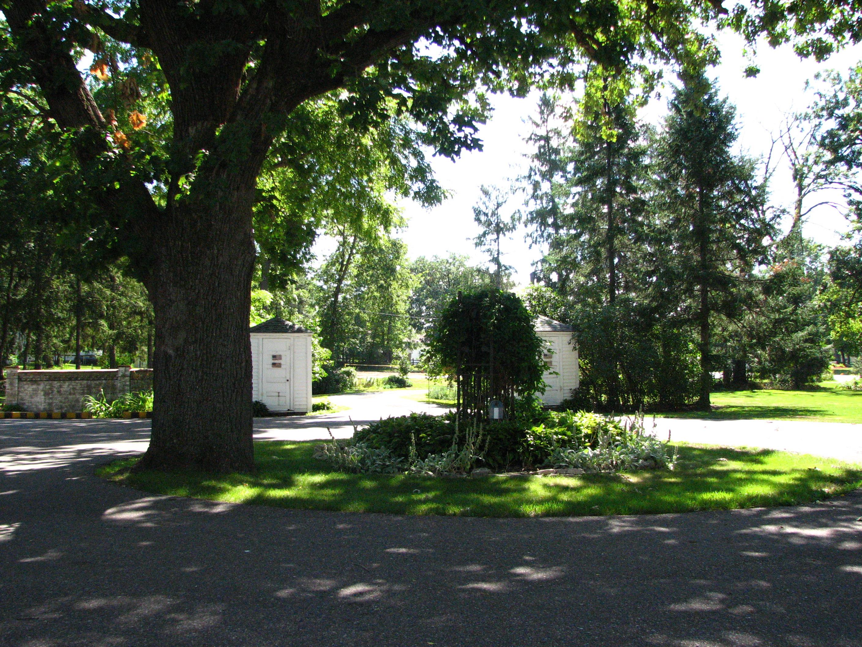 pm circle driveway