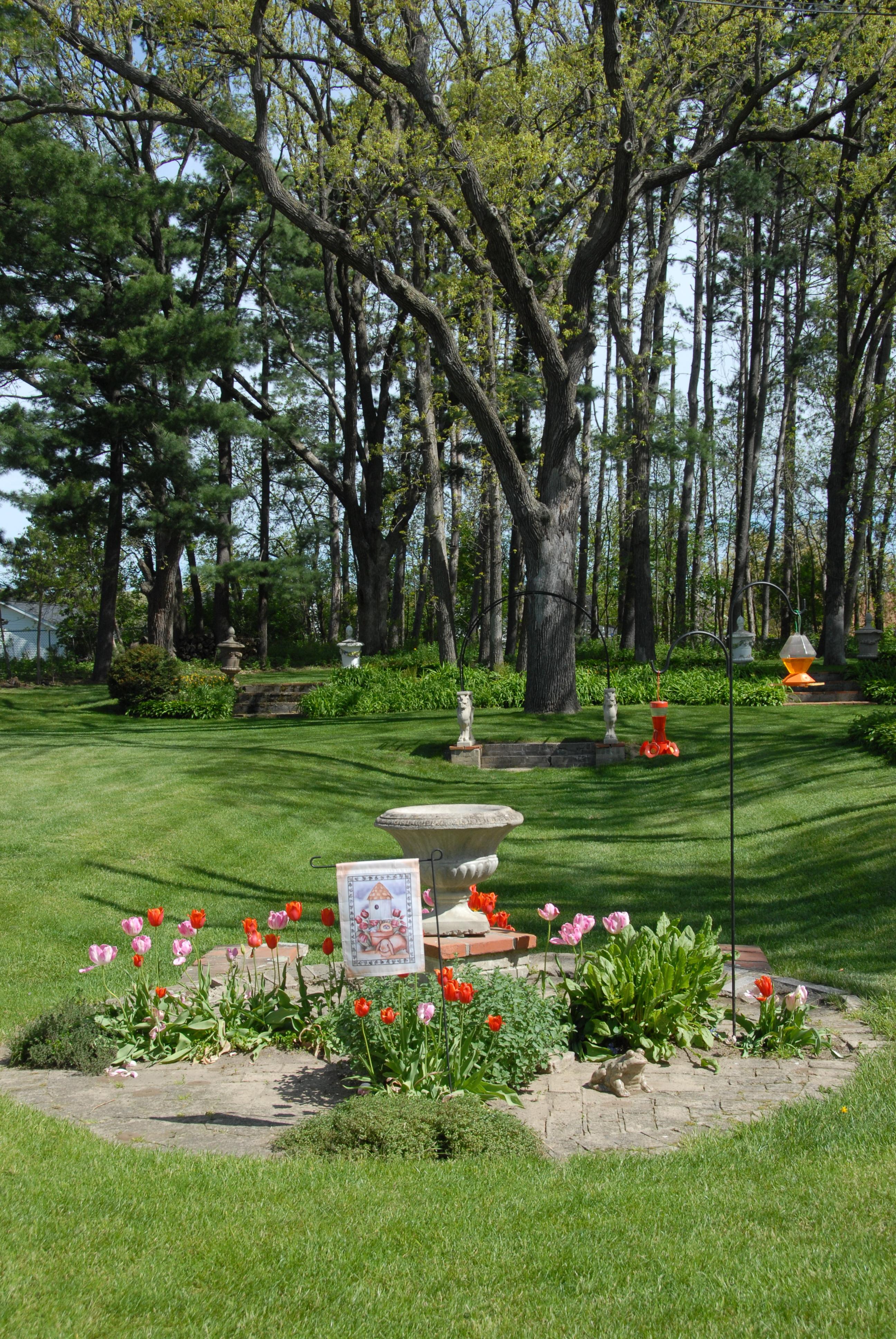 pm spring sunken garden
